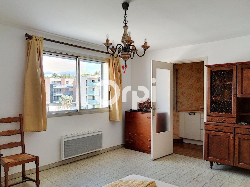 Appartement à vendre 1 26.13m2 à Saint-Raphaël vignette-4