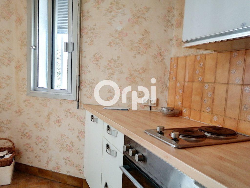 Appartement à vendre 1 26.13m2 à Saint-Raphaël vignette-7