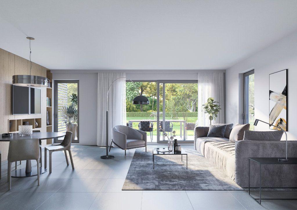 Appartement à vendre 2 52.72m2 à Saint-Raphaël vignette-2