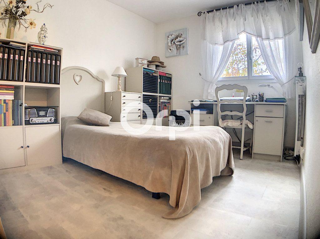 Appartement à vendre 3 59.7m2 à Fréjus vignette-6