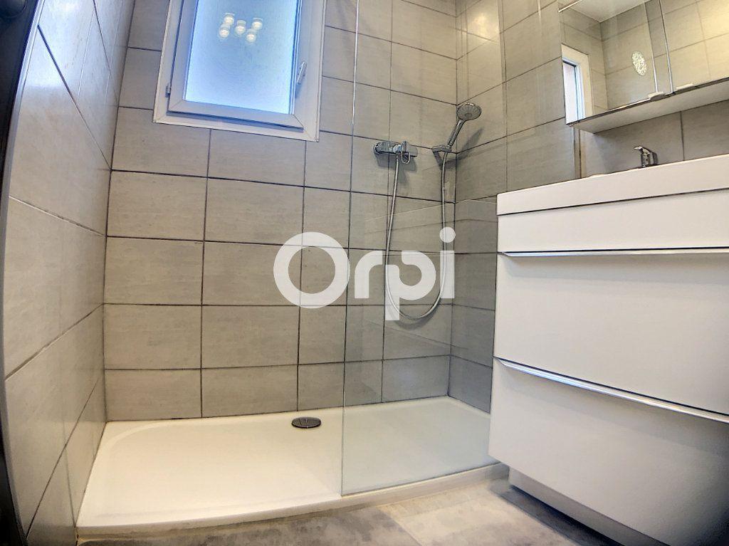 Appartement à vendre 3 59.7m2 à Fréjus vignette-8