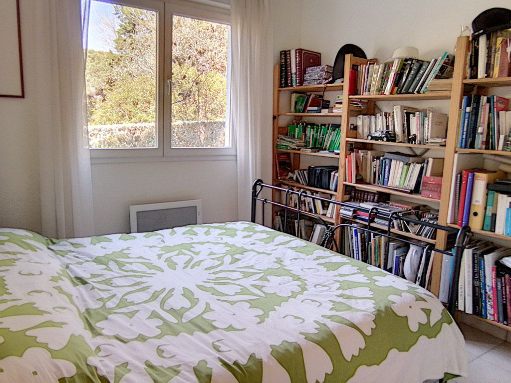 Appartement à vendre 4 93.5m2 à Saint-Raphaël vignette-11