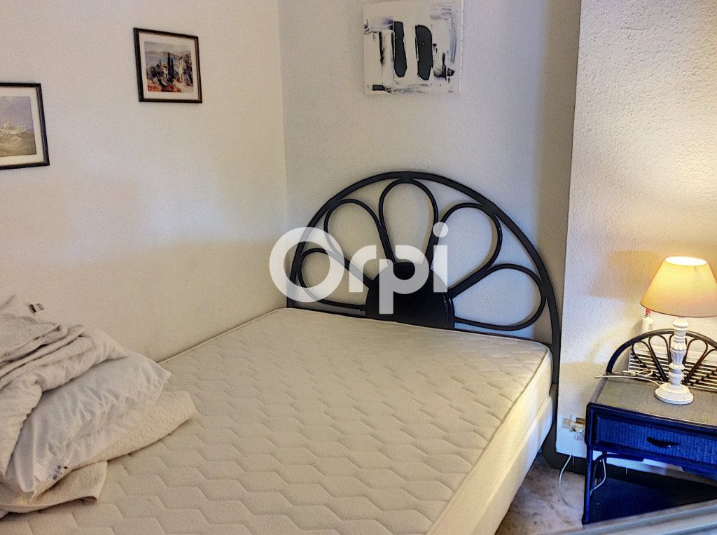 Appartement à vendre 1 38.71m2 à Saint-Raphaël vignette-4