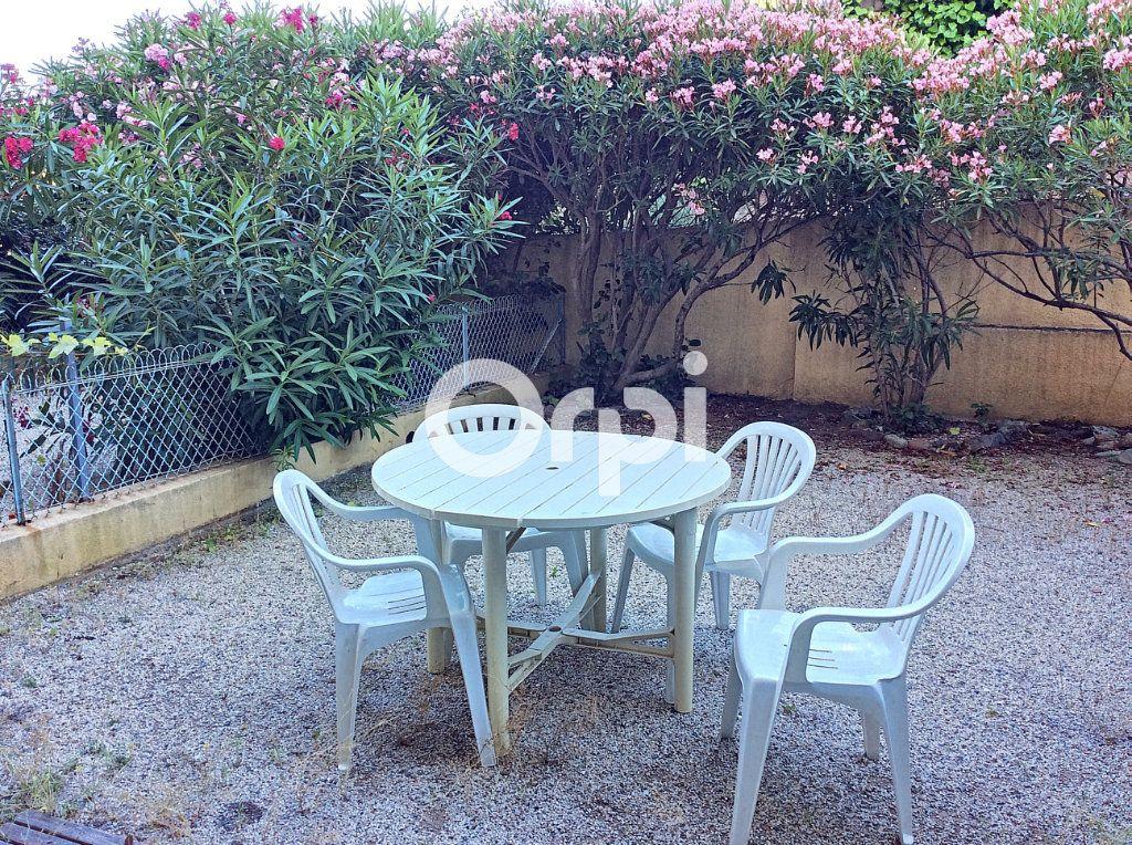 Appartement à vendre 1 38.71m2 à Saint-Raphaël vignette-6
