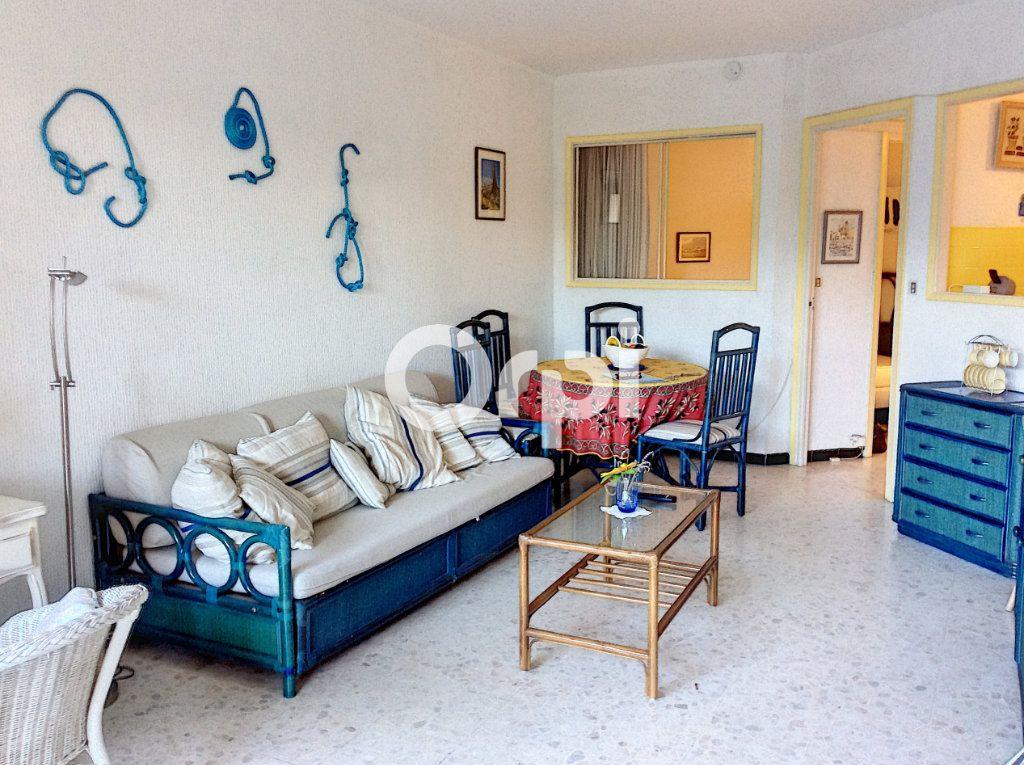 Appartement à vendre 1 38.71m2 à Saint-Raphaël vignette-8