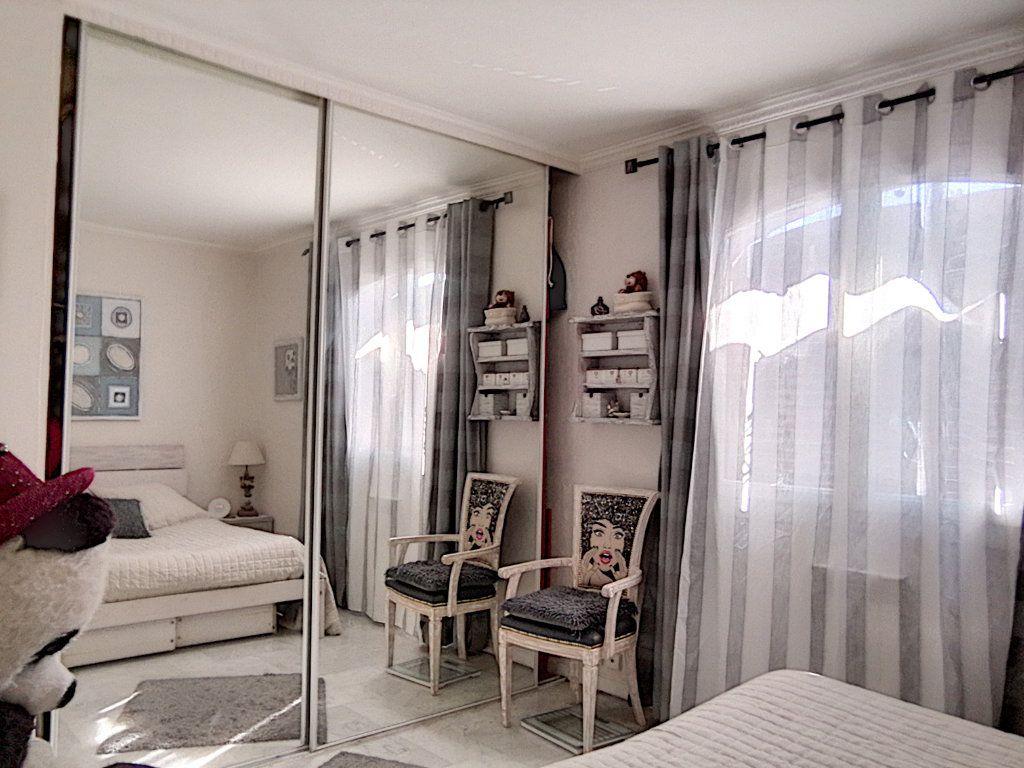 Appartement à vendre 2 42.34m2 à Fréjus vignette-7