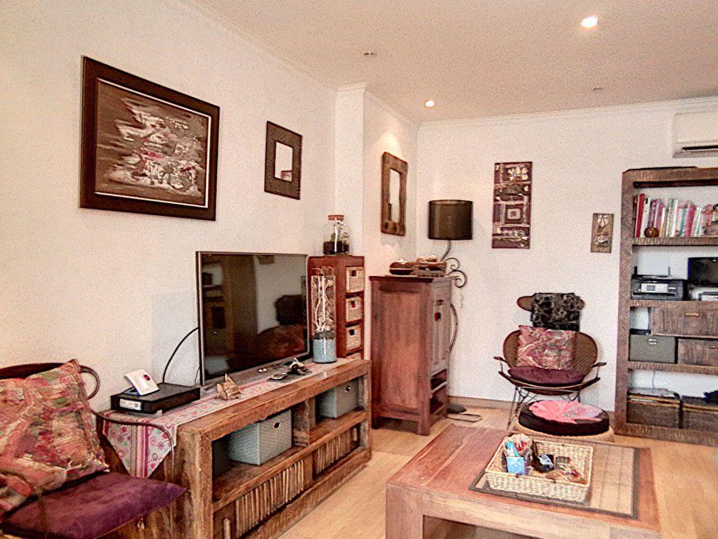 Appartement à vendre 2 42.34m2 à Fréjus vignette-11