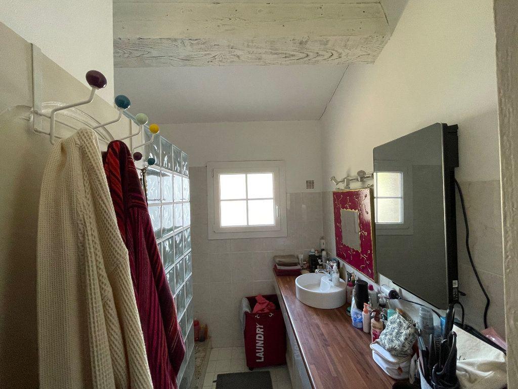 Appartement à vendre 2 47m2 à Saint-Raphaël vignette-5