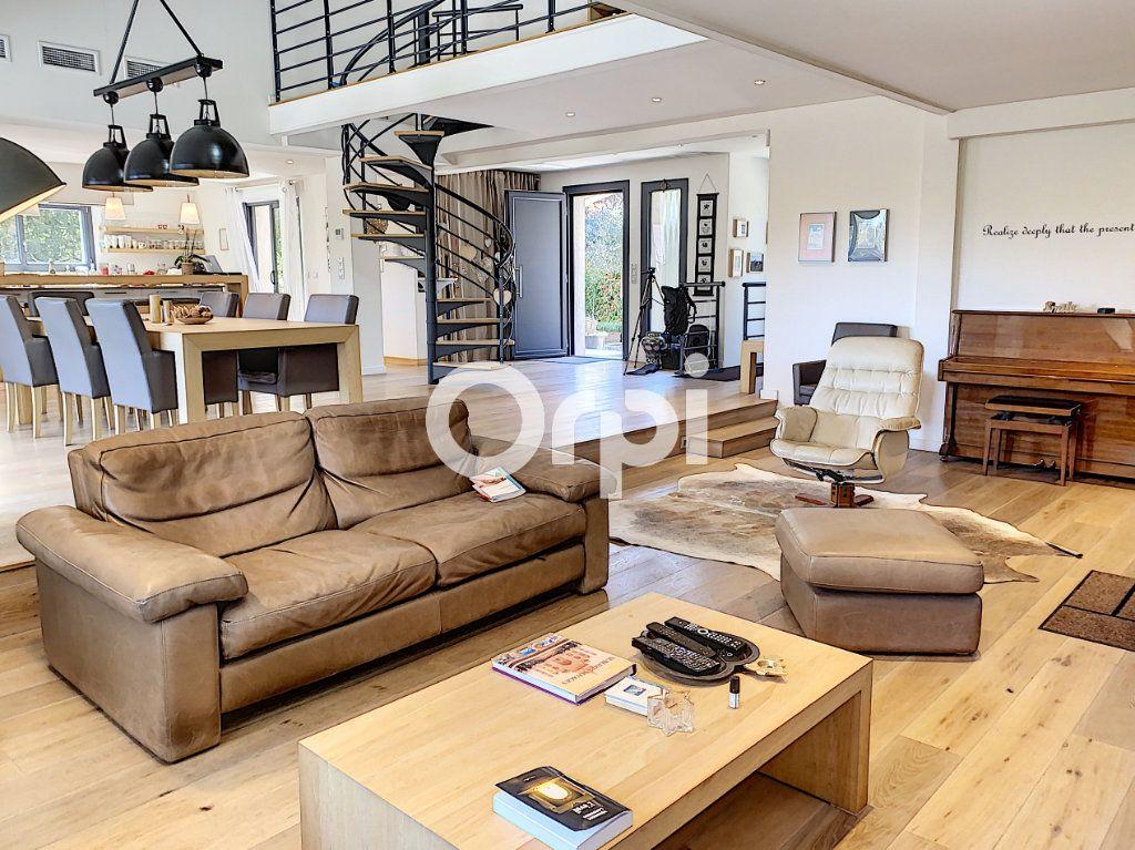 Maison à vendre 11 388m2 à Saint-Raphaël vignette-4