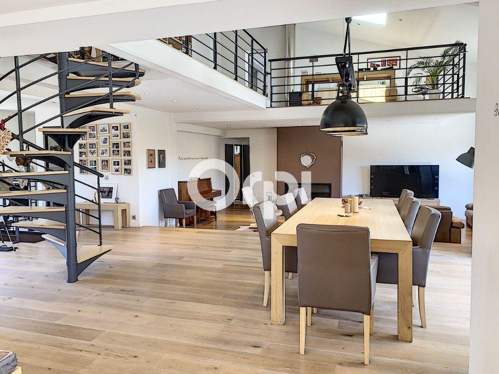 Maison à vendre 11 388m2 à Saint-Raphaël vignette-5
