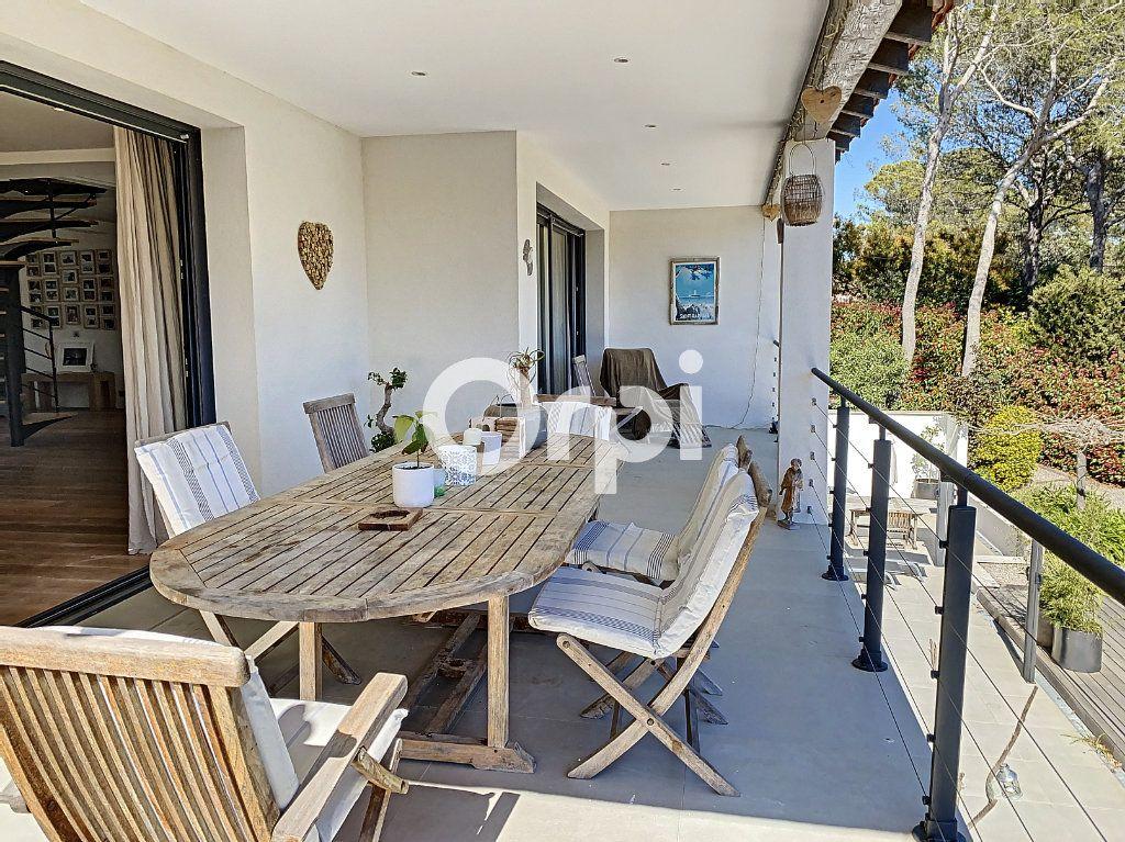 Maison à vendre 11 388m2 à Saint-Raphaël vignette-7