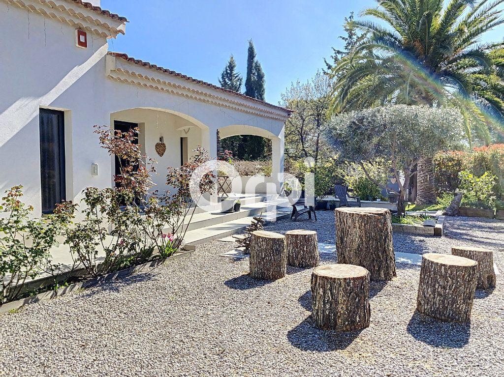 Maison à vendre 11 388m2 à Saint-Raphaël vignette-10