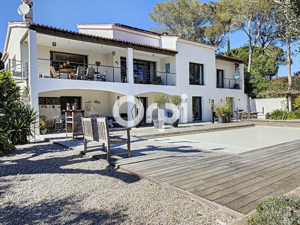 Maison à vendre 11 388m2 à Saint-Raphaël vignette-13