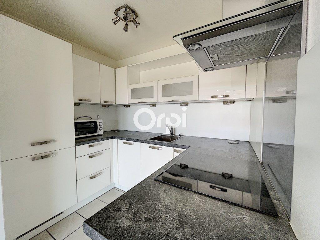 Appartement à vendre 2 37.61m2 à Fréjus vignette-3