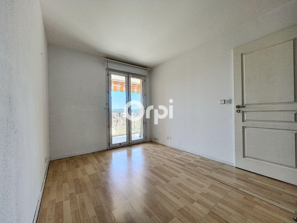 Appartement à vendre 2 37.61m2 à Fréjus vignette-4