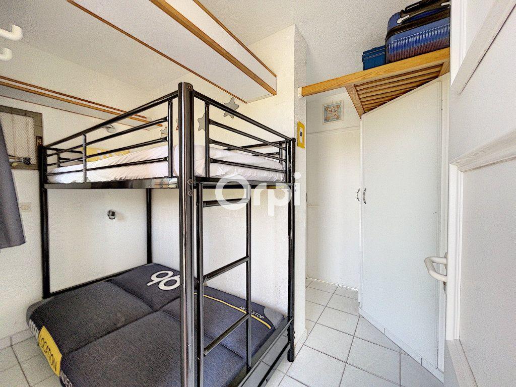 Appartement à vendre 1 22m2 à Saint-Raphaël vignette-7