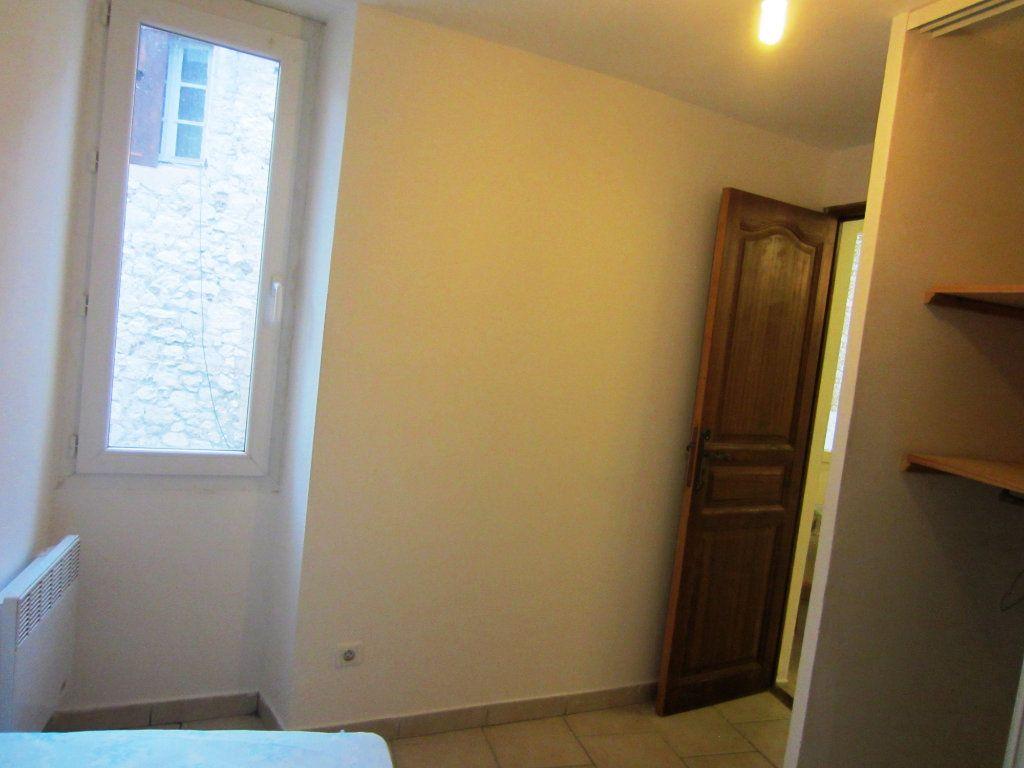 Appartement à louer 2 24m2 à Sisteron vignette-5
