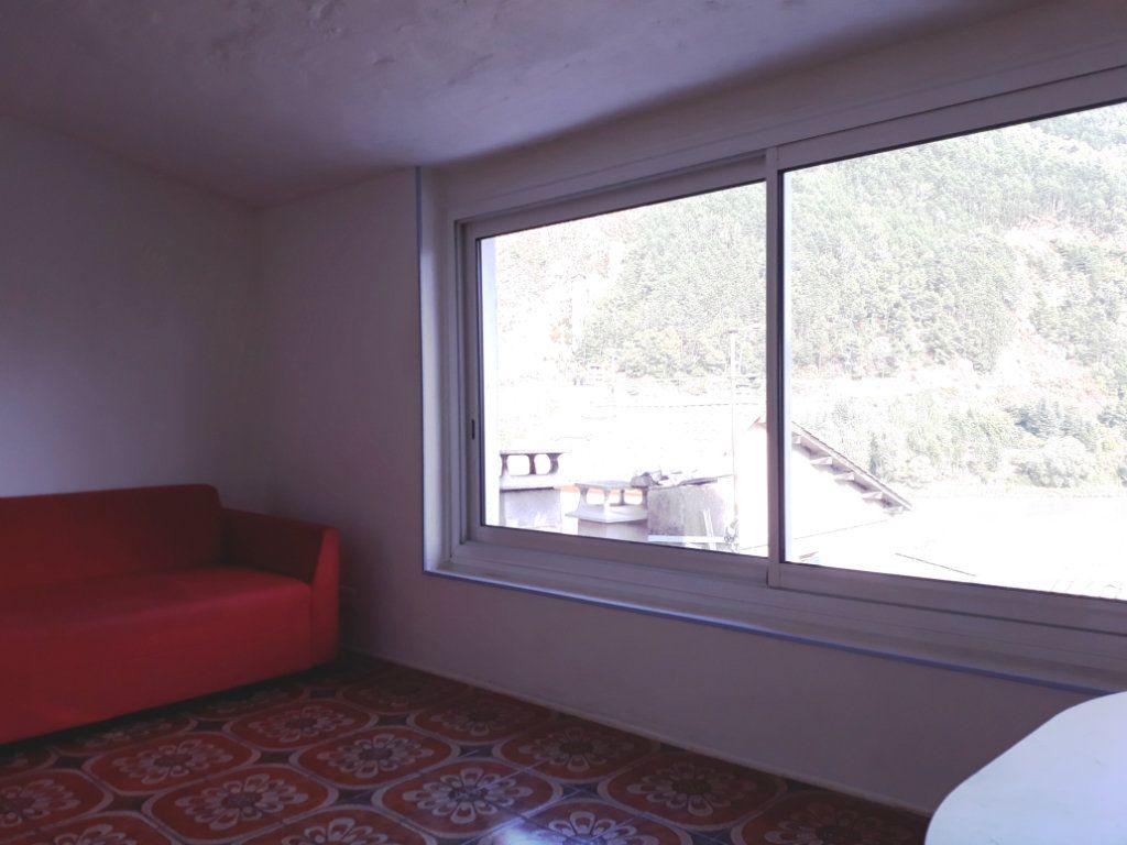 Appartement à louer 3 47m2 à Sisteron vignette-1