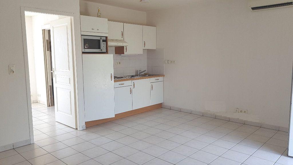 Appartement à vendre 2 35m2 à Laragne-Montéglin vignette-2