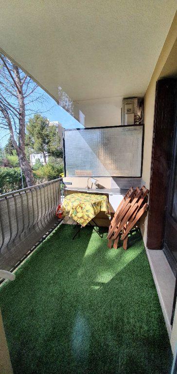 Appartement à louer 3 51m2 à Aix-en-Provence vignette-2