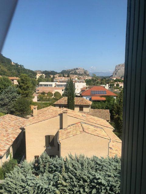 Appartement à vendre 5 97m2 à Sisteron vignette-6