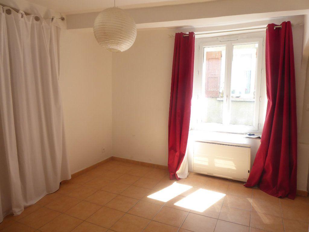 Appartement à vendre 5 82m2 à Sisteron vignette-2