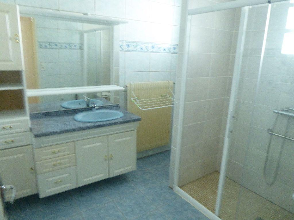Appartement à louer 3 80m2 à Sisteron vignette-7