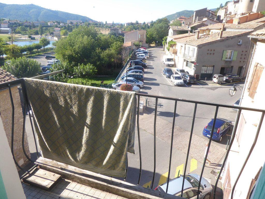 Appartement à louer 3 51m2 à Sisteron vignette-1