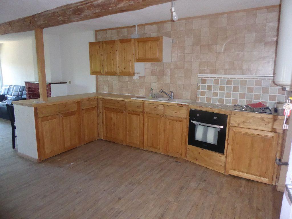 Appartement à louer 2 55m2 à Laragne-Montéglin vignette-2