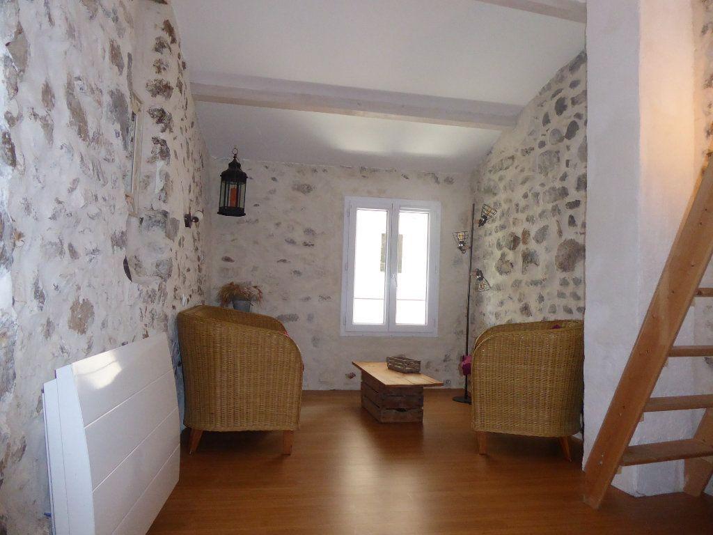 Maison à louer 2 40m2 à Sisteron vignette-1