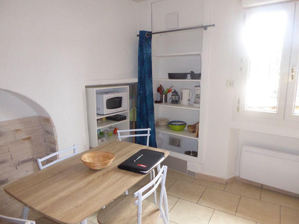 Appartement à louer 1 20m2 à Château-Arnoux-Saint-Auban vignette-3
