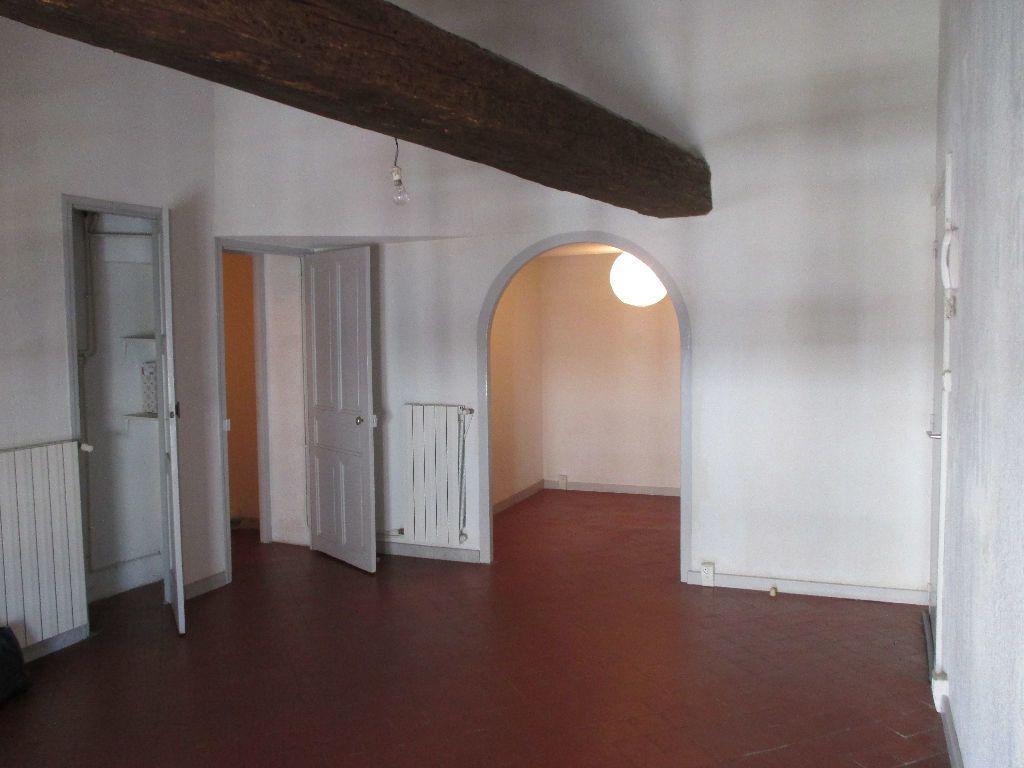 Appartement à louer 2 41.63m2 à Nîmes vignette-3