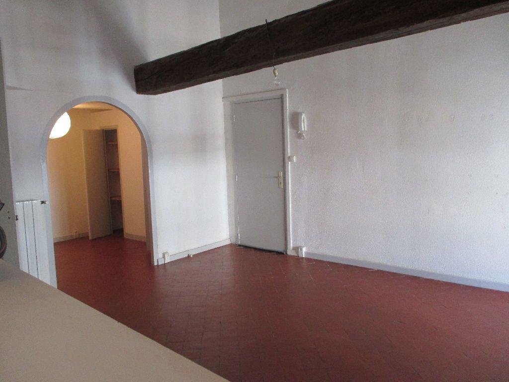 Appartement à louer 2 41.63m2 à Nîmes vignette-4