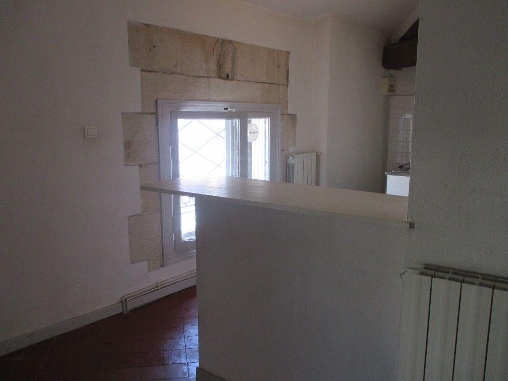 Appartement à louer 2 41.63m2 à Nîmes vignette-6