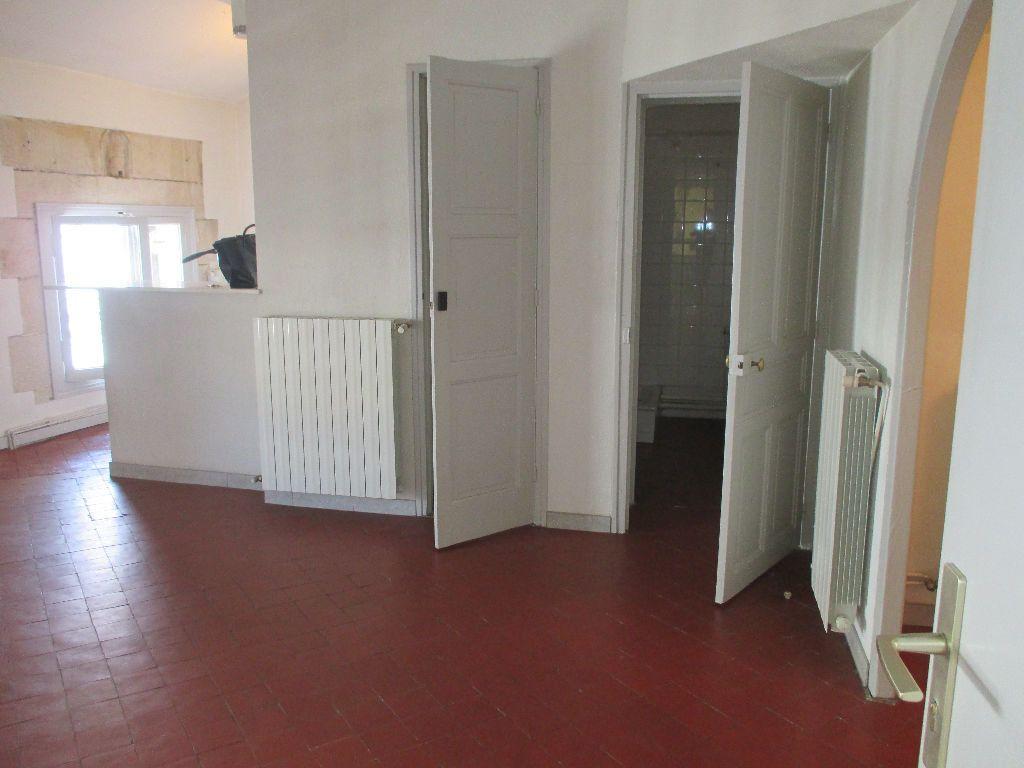 Appartement à louer 2 41.63m2 à Nîmes vignette-7
