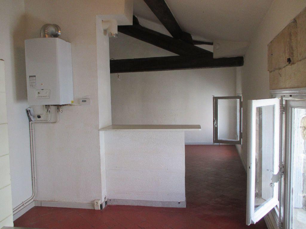 Appartement à louer 2 41.63m2 à Nîmes vignette-9