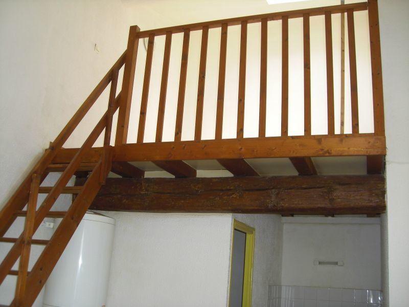 Appartement à louer 1 24.5m2 à Nîmes vignette-2