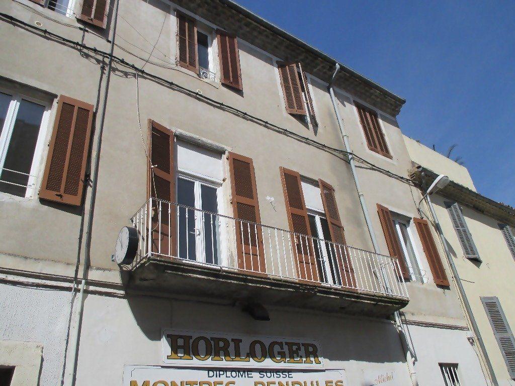 Appartement à louer 3 60m2 à Nîmes vignette-1
