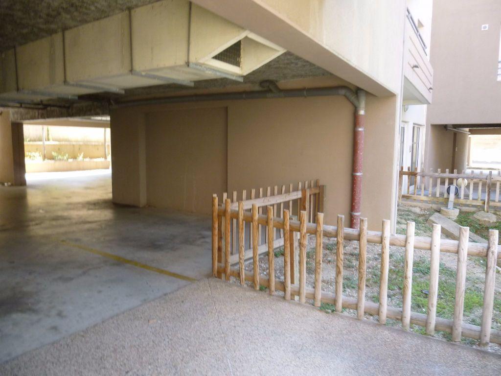 Appartement à louer 2 42.3m2 à Nîmes vignette-11