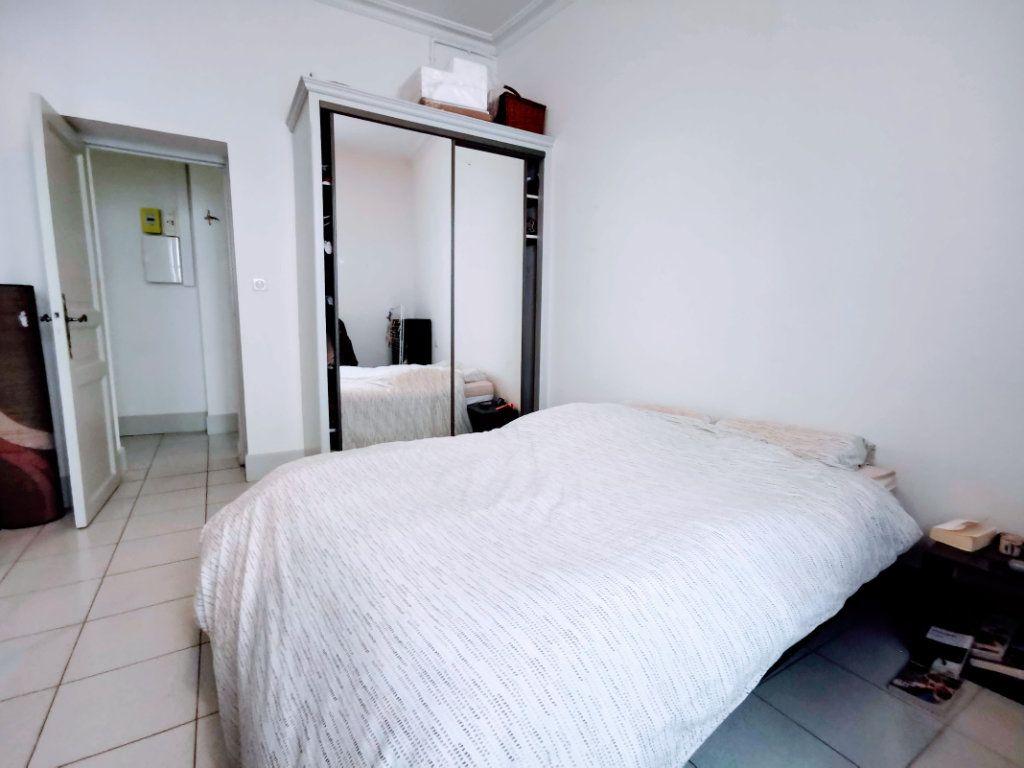 Appartement à vendre 3 82.65m2 à Nîmes vignette-4