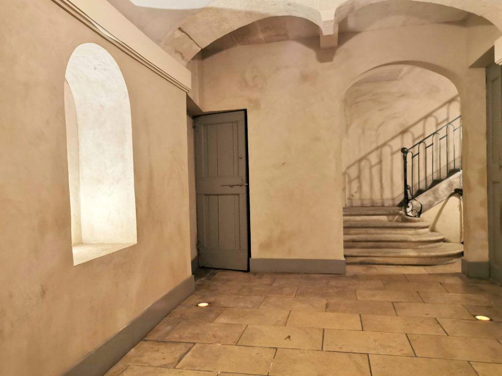 Appartement à vendre 3 82.65m2 à Nîmes vignette-5