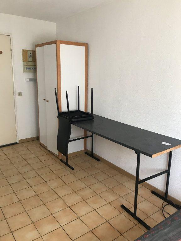 Appartement à vendre 1 12.52m2 à Nîmes vignette-2