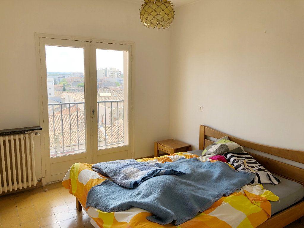 Appartement à louer 3 70.55m2 à Nîmes vignette-6