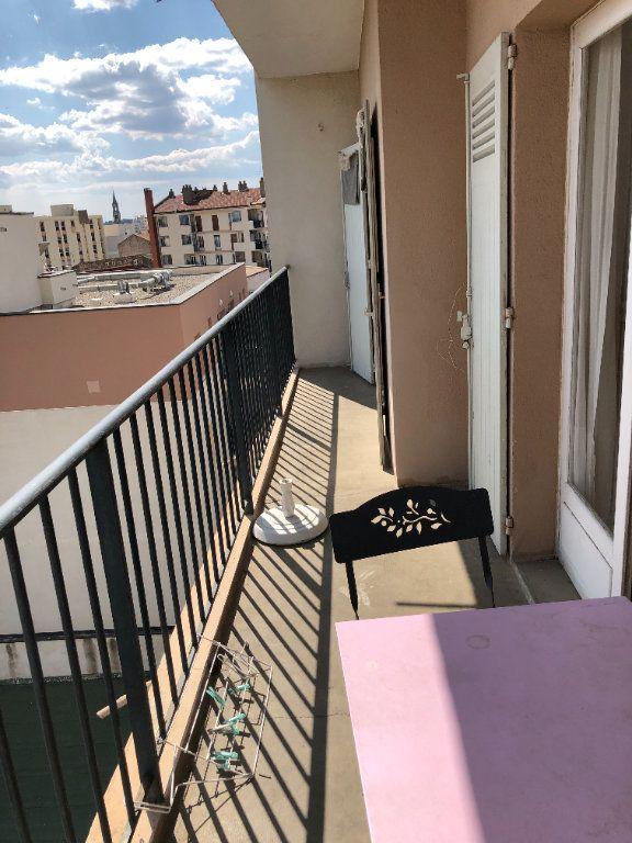 Appartement à louer 3 70.55m2 à Nîmes vignette-8