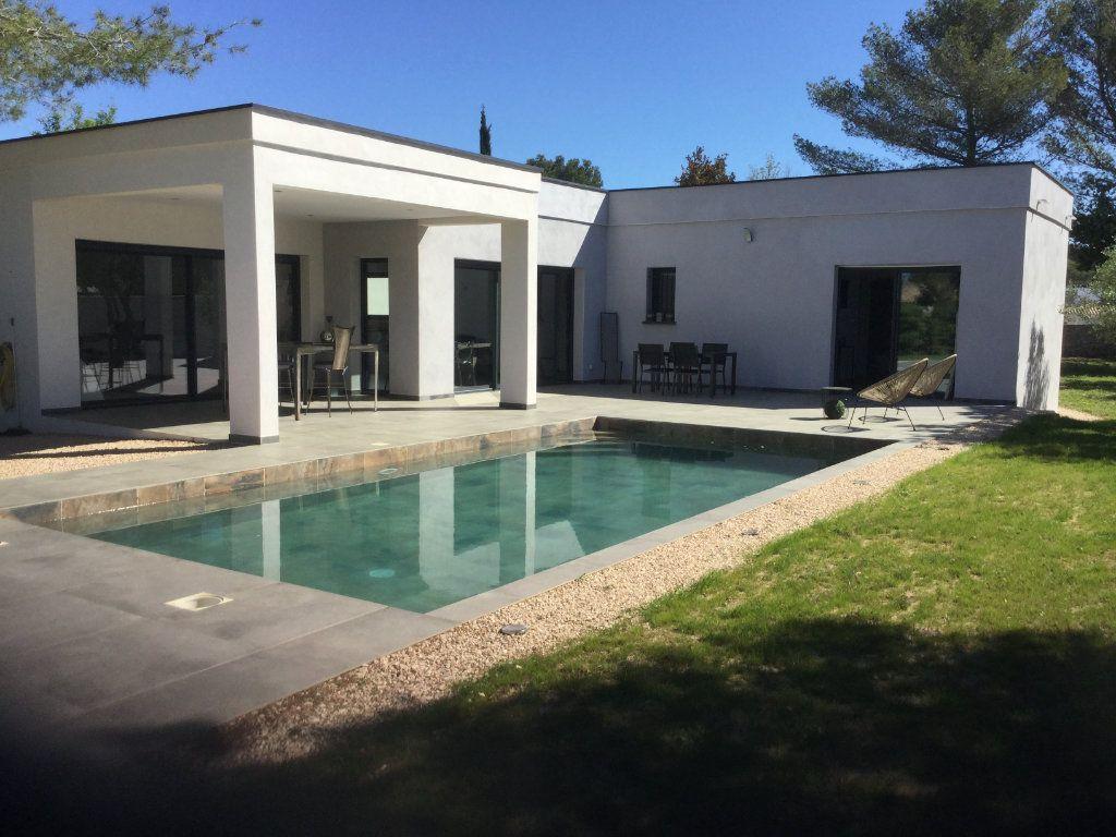 Maison à vendre 5 144m2 à Nîmes vignette-3