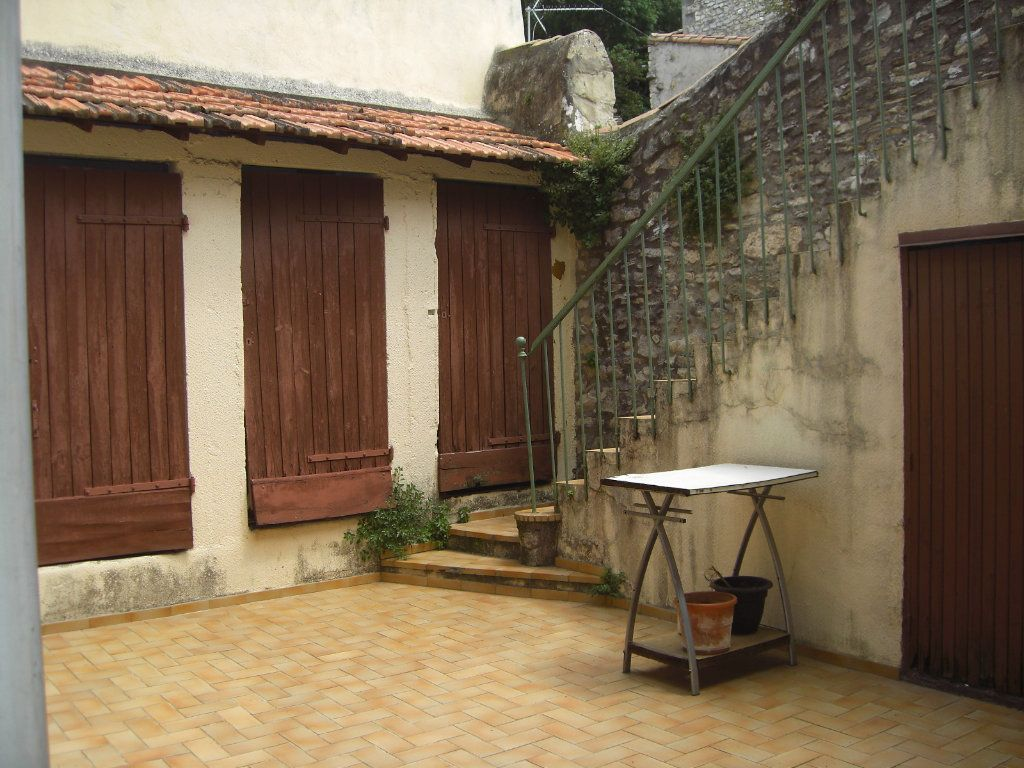 Appartement à louer 1 20.89m2 à Nîmes vignette-7