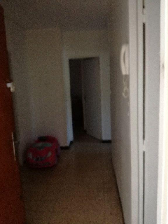 Appartement à louer 3 72.34m2 à Nîmes vignette-3