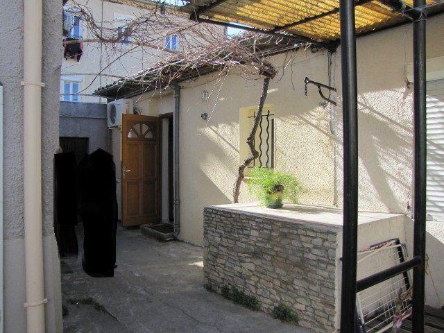 Maison à louer 1 48m2 à Nîmes vignette-7