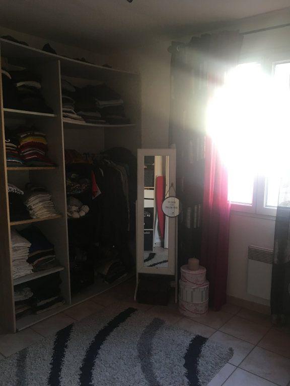 Appartement à louer 3 68.83m2 à Générac vignette-7