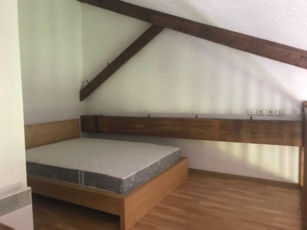 Appartement à louer 2 26m2 à Nîmes vignette-4